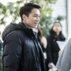 """Watch: Ji Sung and """"Defendant"""" Actors Are All Smiles In Blooper Clip"""
