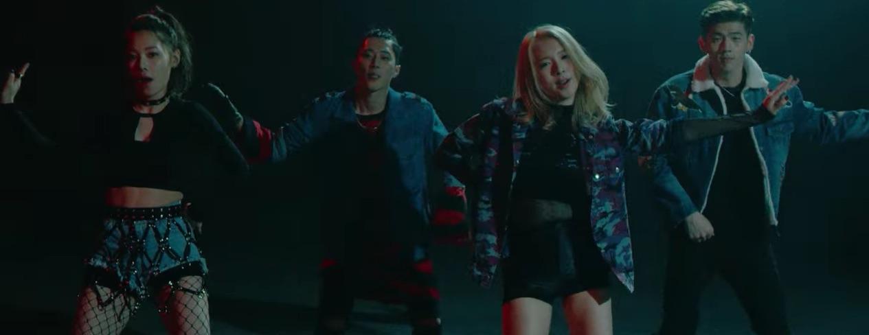 "K.A.R.D's ""Oh NaNa"" MV Surpasses 10 Million Views"