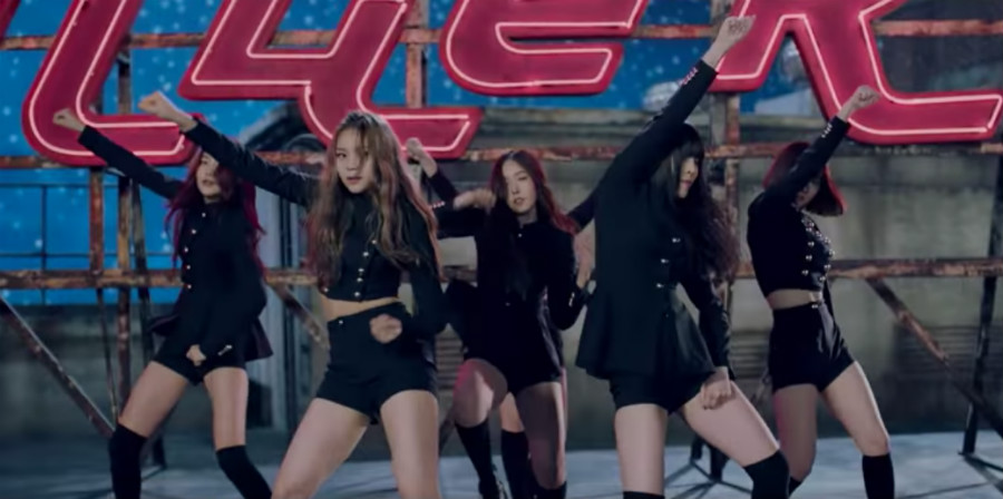 "Watch: GFRIEND Makes Long-Awaited Comeback With ""Fingertip"""