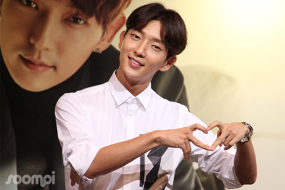 Lee Joon Gi Wins Hearts At His First Singapore Press Conference In 13 Years