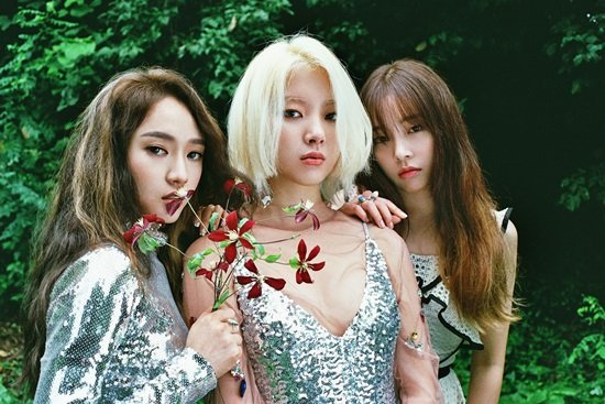 Ladies' Code Takes To Social Media To Thank Fans On Their Four-Year Anniversary