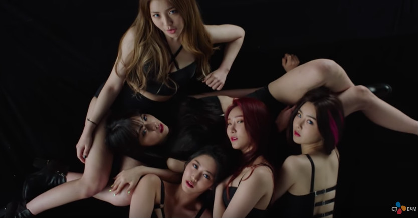 "Watch: Brave Girls Returns With Sexy Comeback MV ""Rollin'"""