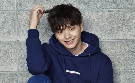 BTOB's Yook Sungjae Shares Why He Didn't Let His Groupmates Listen To His New Solo Song