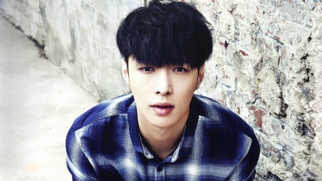 """EXO's Lay Unable To Perform For Part Of """"EXO PLANET #3 – The EXO'rDIUM"""""""