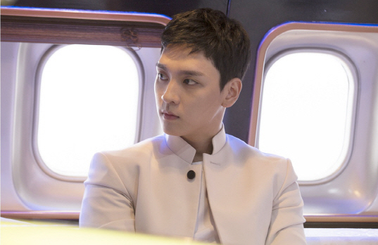 "Choi Tae Joon Shares His Final Thoughts On ""Missing 9"" And His Villainous Character"