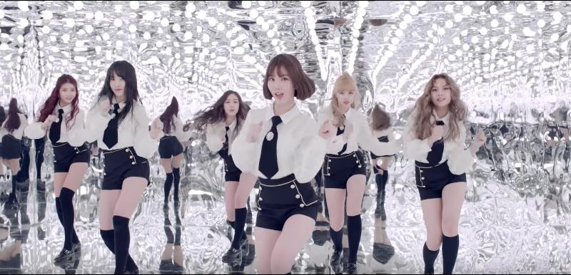"Watch: GFRIEND Shares Brand-New Choreography Version Of ""Fingertip"" MV"