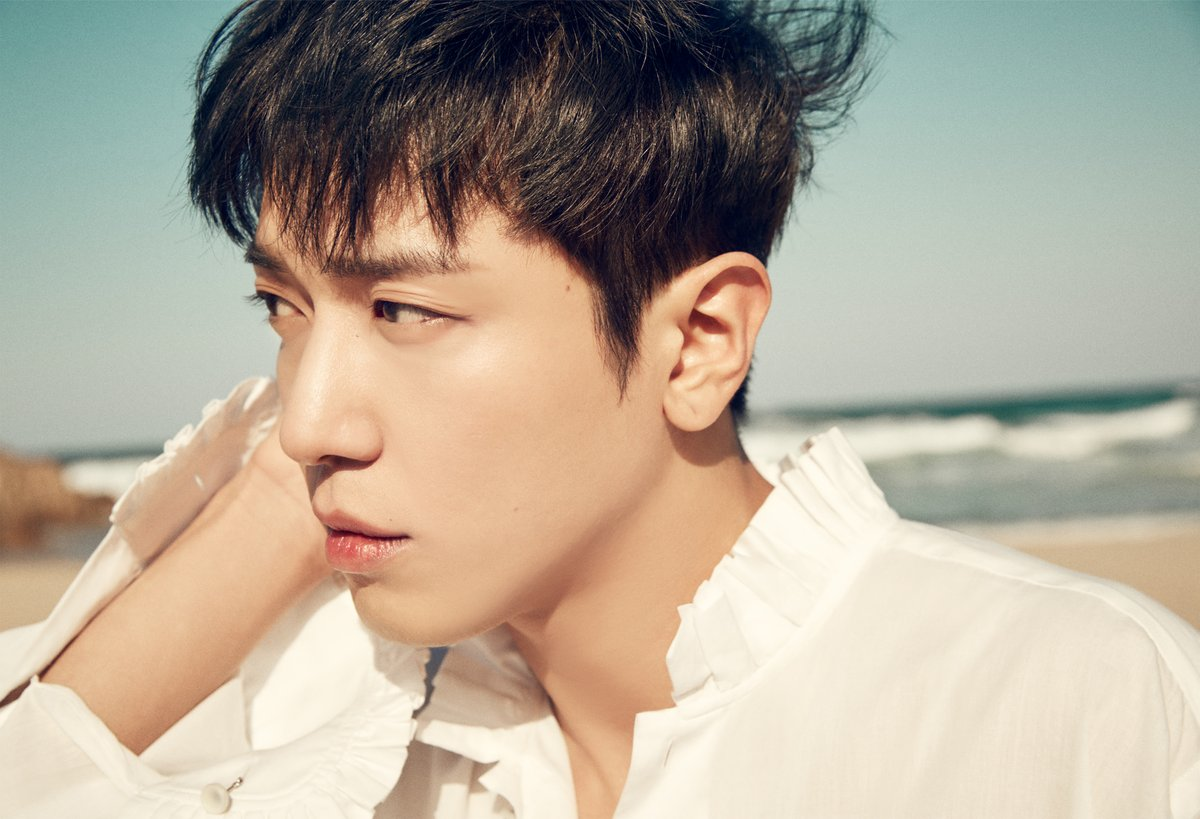CNBLUE's Jung Yong Hwa Confirmed To Join Fixed Cast For New Show Alongside Kang Ho Dong