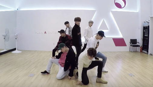 "Watch: VICTON Drops Perfectly Synchronized Dance Practice Video For ""Eyez Eyez"""