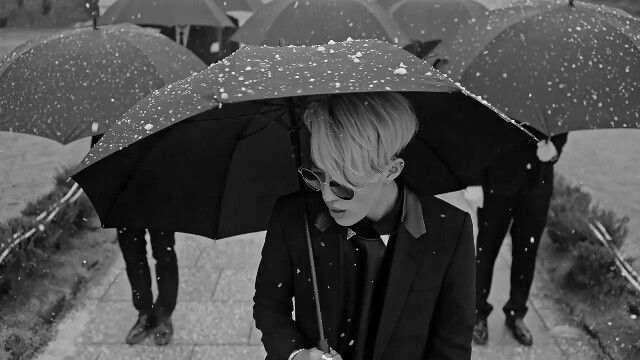 15 Korean Artists And Songs Perfect For Rainy Days