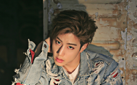 """GOT7's Mark To Be Part Of """"Law Of The Jungle"""" In New Zealand"""