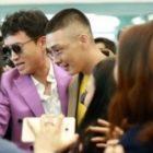 "Yoo Ah In's Hairstyle Draws Attention In New ""Chicago Typewriter"" Stills"