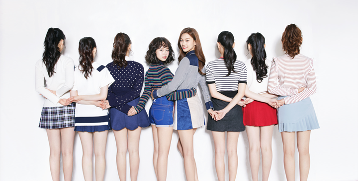 Official Members Of Fantagio's New Girl Group To Be Revealed Through Live Broadcast