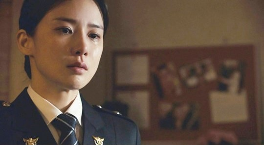"Lee Bo Young's Acting In ""Whisper"" Impresses Drama's Production"