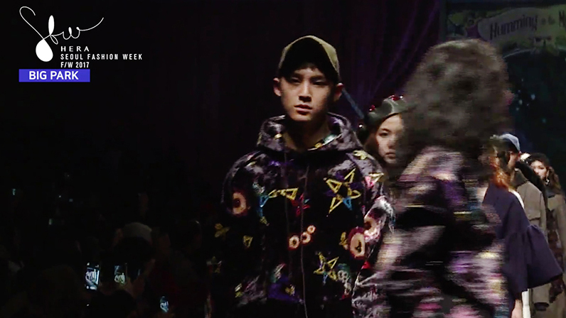 SEVENTEEN's Mingyu Walks In Seoul Fashion Week Show + Hip Hop Team Comes To Show Support