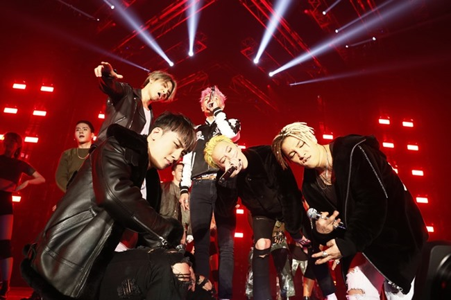 BIGBANG's Japanese Dome Tour DVD Rises To Top Of Oricon Chart