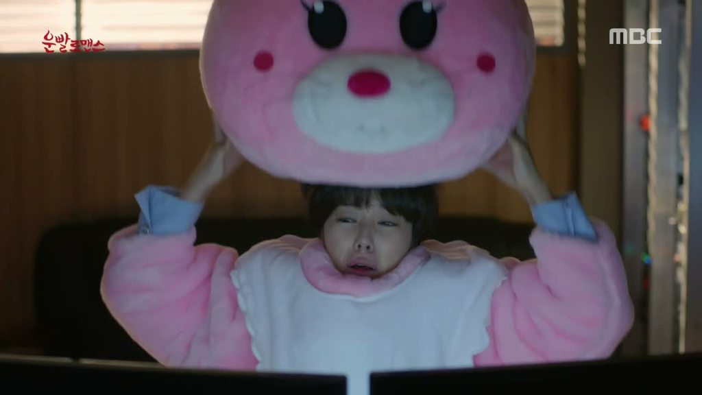 7 Easter Eggs You Missed In K-Dramas