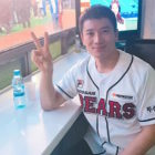Watch: Ji Sung Impresses Crowd With First Pitch For Doosan Bears