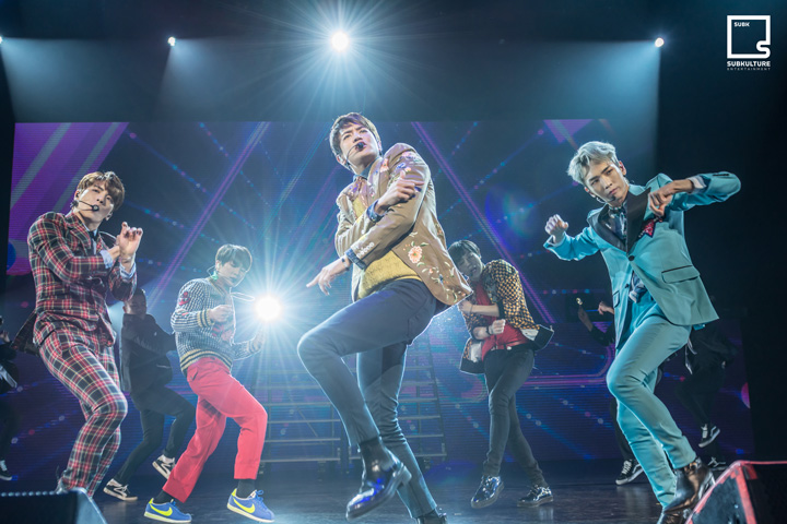 """""""SHINee WORLD V"""" Brings All The Feels To The USA"""