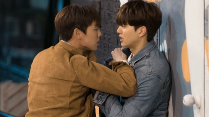 "Lee Hyun Woo Shows His Furious Side In Stills For ""The Liar And His Lover"""