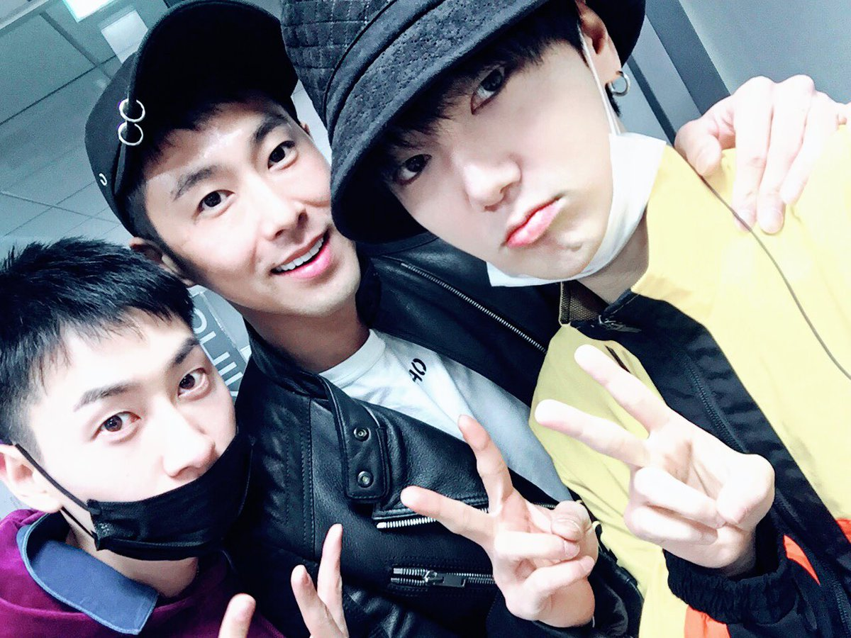 Super Junior's Yesung Reunites With Eunhyuk And TVXQ's Yunho While They're On Leave From Military
