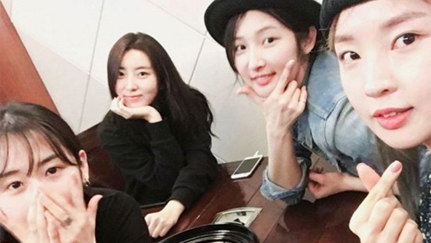 4Minute Fans Notice A Missing Member In Recent Reunion Photo