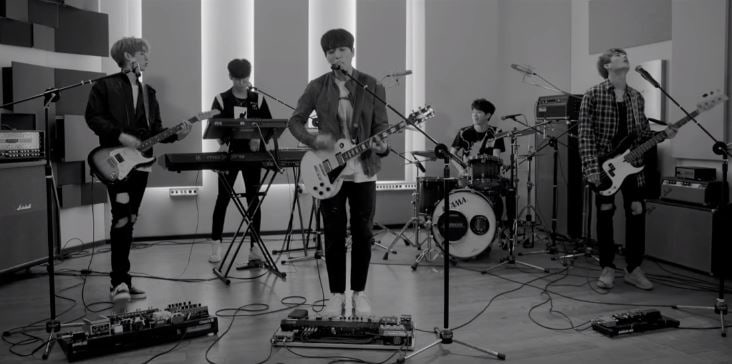 """Update: DAY6 Members Are Playful Songwriters In """"Dance Dance"""" MV Teaser"""