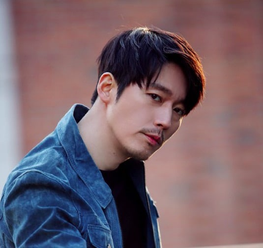 Jang Hyuk Renews His Contract With SidusHQ After 21 Years Of Being With Them