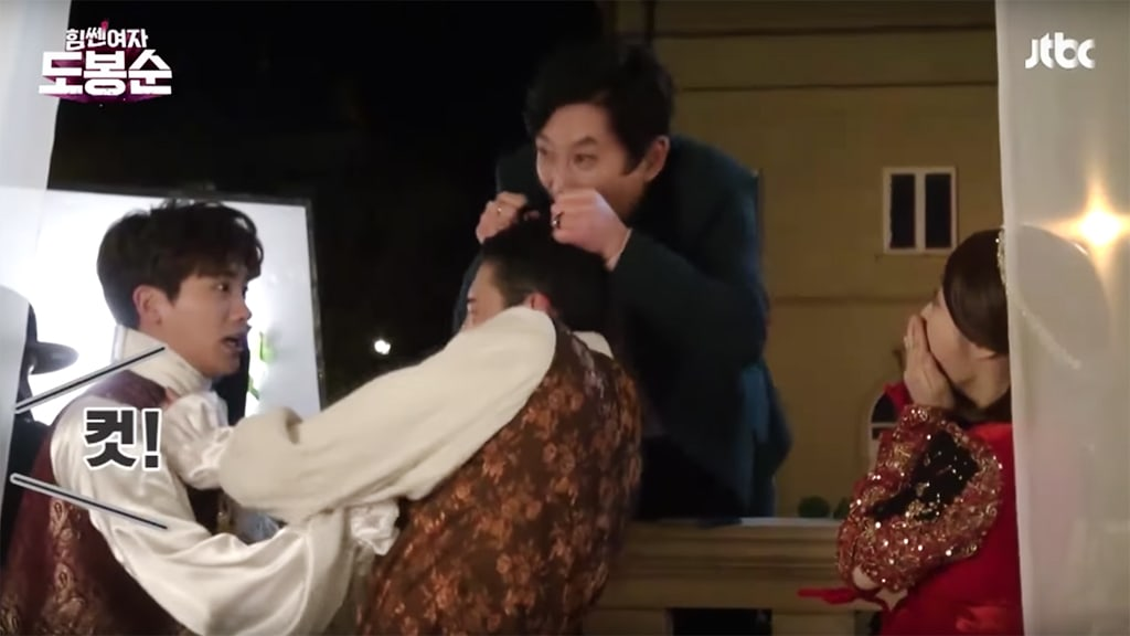 """Watch: """"Strong Woman Do Bong Soon"""" Cast Loses Their Minds While Filming Romeo And Juliet Scenes"""