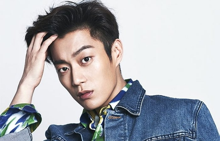 Highlight's Yoon Doo Joon Shares What Almost Happened To Him Back When He Was In JYP