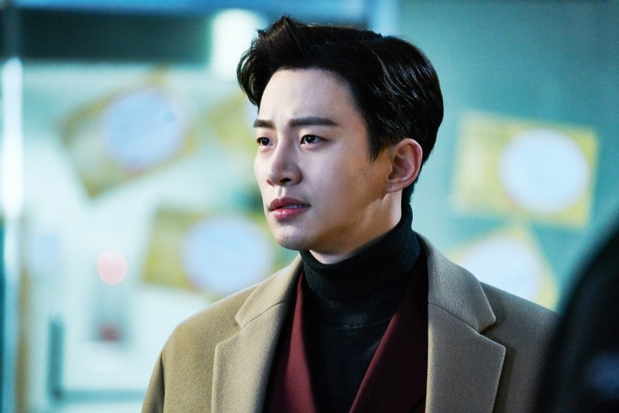 "2PM's Junho Explains How ""Chief Kim"" Helped Him To Become A Better Actor"