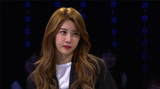 Girl's Day's Sojin Feels The Age Difference Between Herself And Other Members