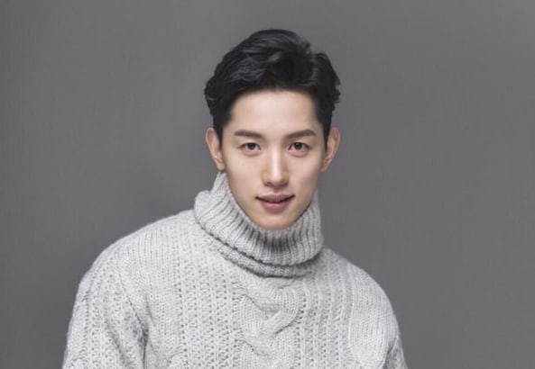 """Get To Know The Actor Behind The Masked Villain In """"Strong Woman Do Bong Soon"""""""