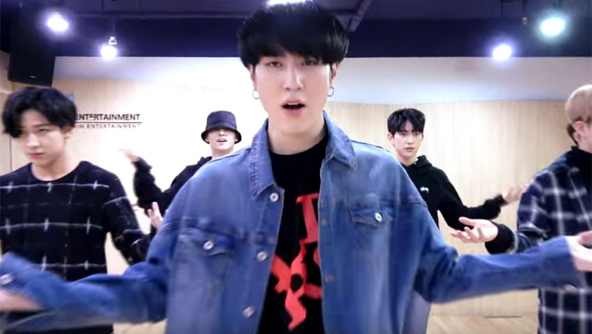 "Watch: GOT7 Treat Their Fans To A New ""Unlock Version"" Of ""Never Ever"" Dance Practice"
