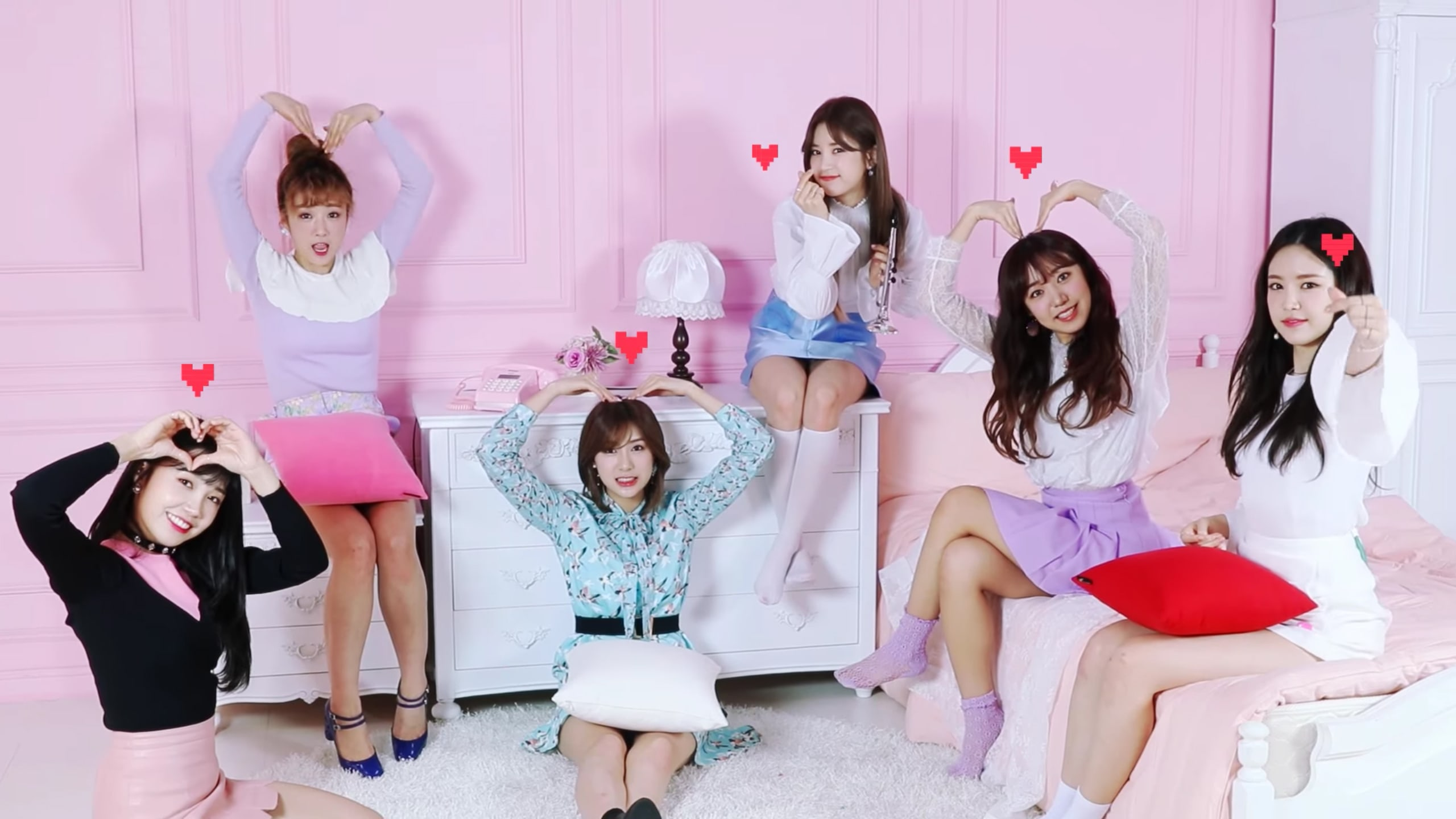 """Watch: Apink Says They Will """"Always"""" Be With Their Fans In MV Commemorating 6th Anniversary"""
