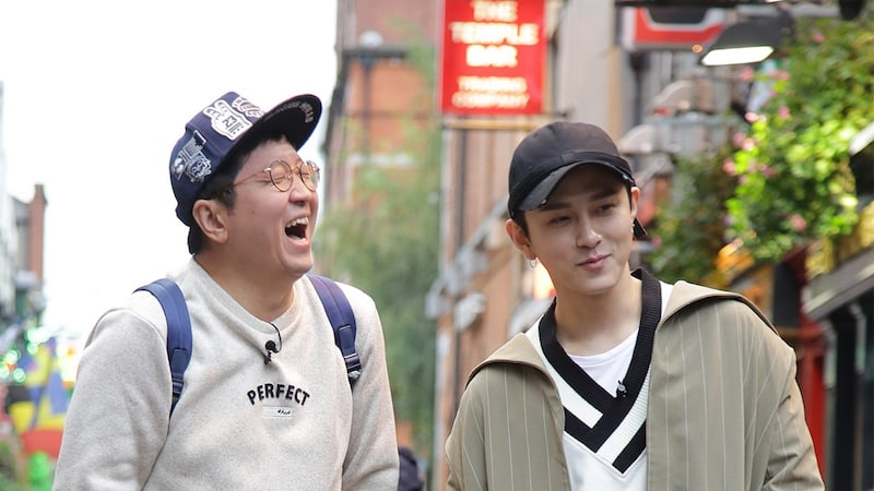 Jung Hyung Don And Yong Junhyung Amusingly Transform Into Beautiful Venetian Noblewomen