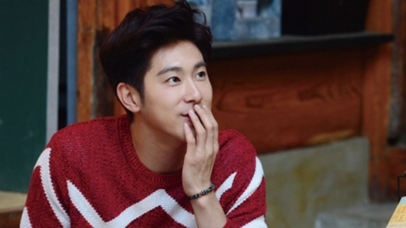 Fans Of TVXQs Yunho Successfully Build A Library In His Name