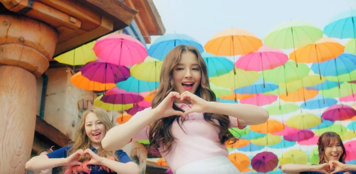 Watch: MOMOLAND Has Wonderful Love For You In New MV