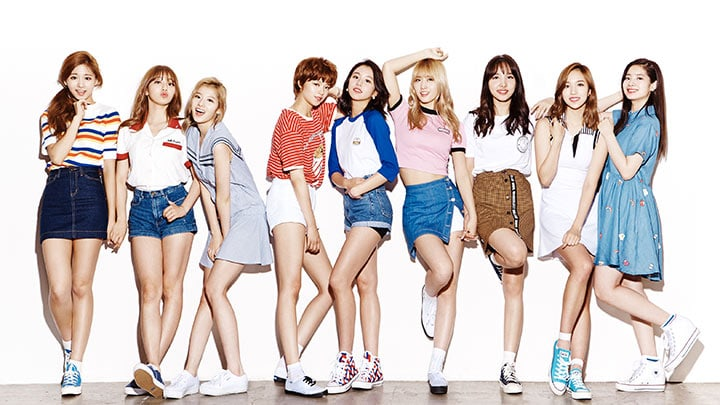TWICE Shows Massive Popularity Already Among Japanese Students