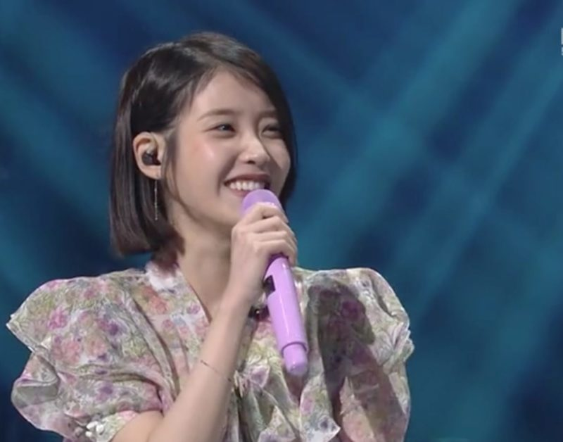 "Watch: IU Discusses Her Unforgettable Mistake + Performs New Songs On ""Yoo Hee Yeol's Sketchbook"""