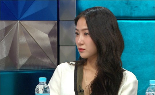 SISTAR's Soyou Confesses Negative Comments Had Her Consider Plastic Surgery