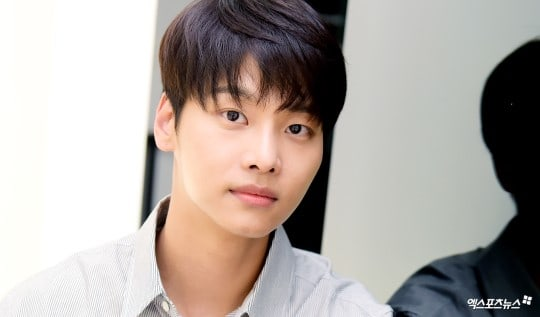 """VIXX's N Admits He Kept A Secret From His Members Regarding His Character In """"Tunnel"""""""
