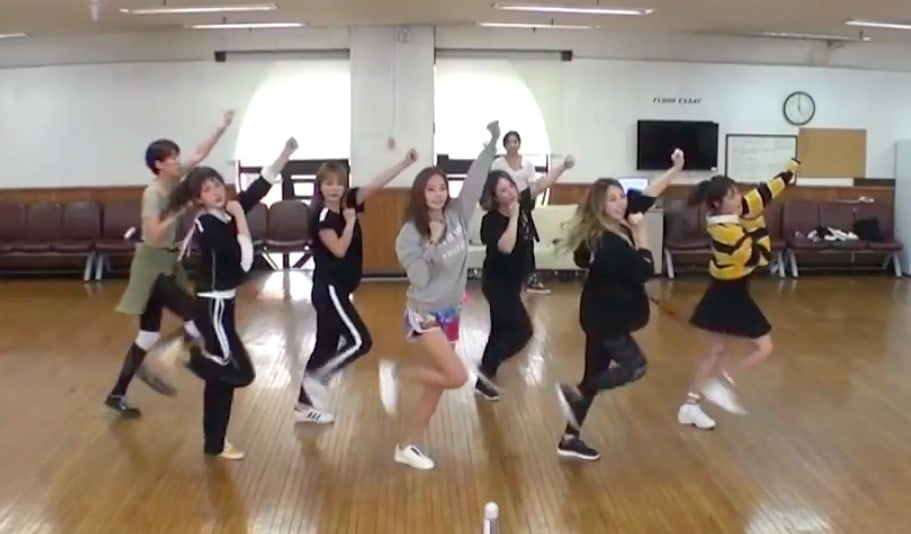 Watch: Sisters Slam Dunk Season 2 Reveals Dance Practice Video For Right?