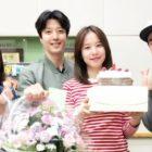 Lee Dong Gun Sweetly Surprises Wife Jo Yoon Hee On Her Radio Program's 1st Anniversary