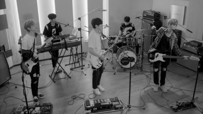 """DAY6 Tops iTunes K-Pop Charts In 14 Countries With """"Dance Dance"""""""