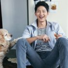 "Song Joong Ki Shows Loyalty To ""Descendants Of The Sun"" Makeup Artist And Attends Her Wedding"
