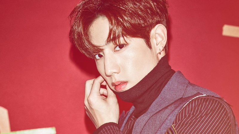 Papa Tuan Teases His Son GOT7's Mark About His Fashion With Hilarious Poem