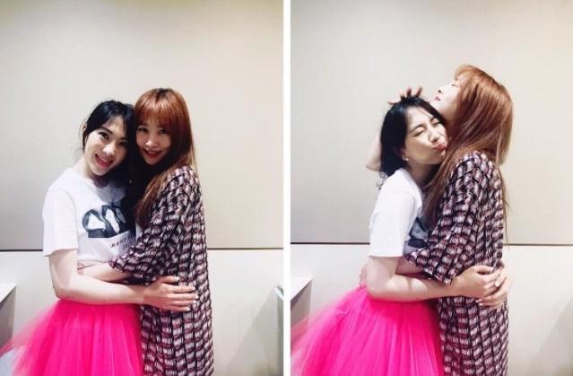 Nicole Jung And Kang Ji Young Have A Mini KARA Reunion In Sweet Photos