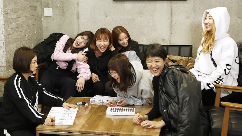 Gong Minzy Says Goodbye To Unnies Ahead Of Their Final Episode