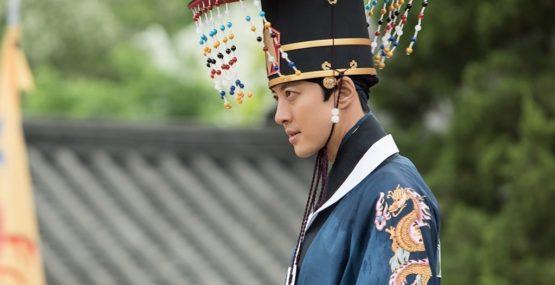 Lee Dong Gun 1
