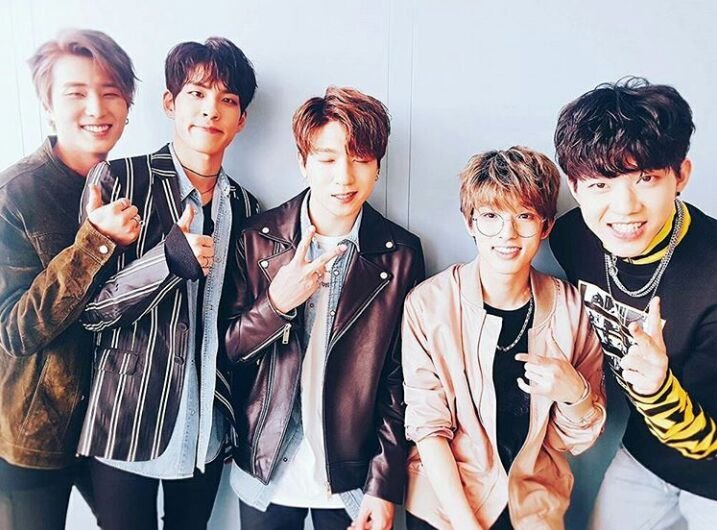 10 Reasons Why You Should Love DAY6